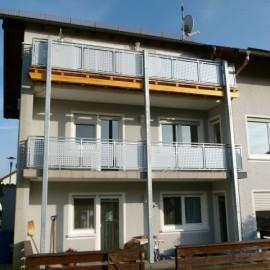 Balkonerweiterung in Stahl/Holzkombination